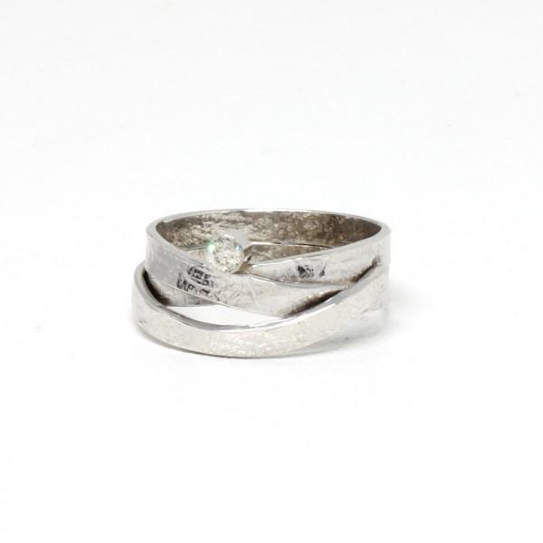Ring in 585 Weißgold mit champagner Brillant