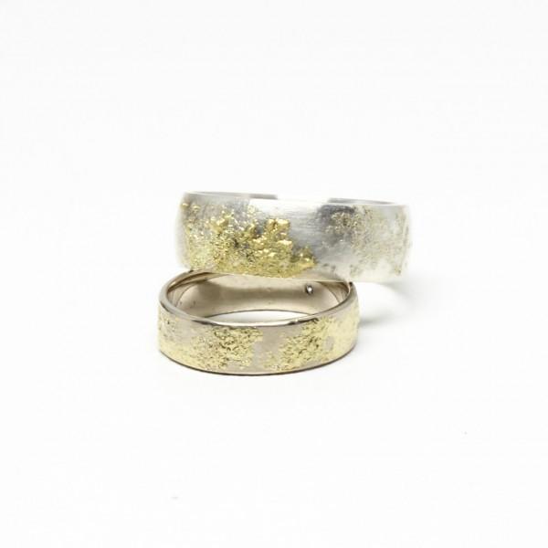 Trauringe Handarbeit Silber mit 750 Gelbgold