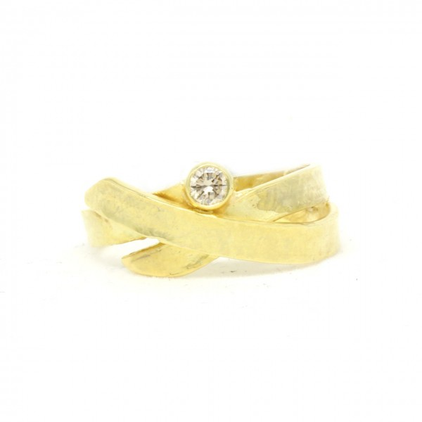 Ring in 585/- Gelbgold mit Brilliant